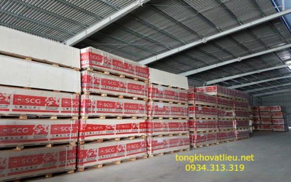 tam cemboard thai lan 18 1 600x375 - Tấm Cemboard Thái Lan Giá Sỉ Làm Sàn Đúc Giả Vách Ngăn Nhà Xưởng Chịu Nước Chống Cháy