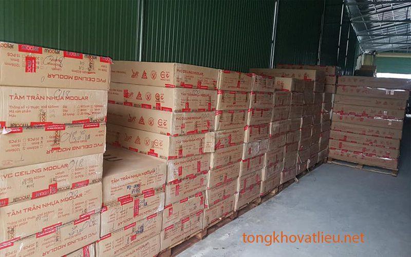 9 - Báo giá tấm trần nhựa PVC | Tấm trần nhựa moolar thái lan giả sỉ lẻ rẻ nhất